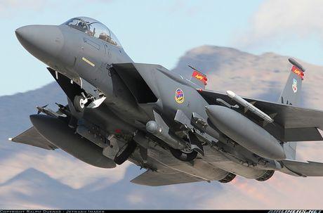 Nhat Ban dung tiem kich F-15J dau Su-35, J-20 Trung Quoc? - Anh 8