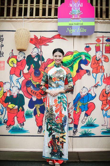 'Ban sao Tang Thanh Ha' rang ro dien ao dai do Hoa hau Ngoc Han thiet ke - Anh 12