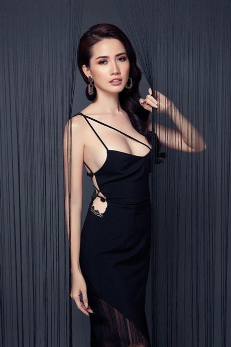 Phan Thi Mo tung bo anh sexy sau khi duoc ban trai tang nhan tien ti - Anh 7