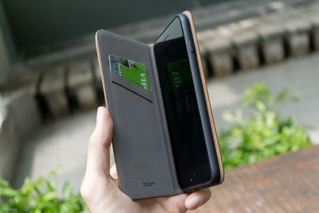 Tren tay bo op lung Uniq danh cho iPhone 7 va iPhone 7 Plus - Anh 28