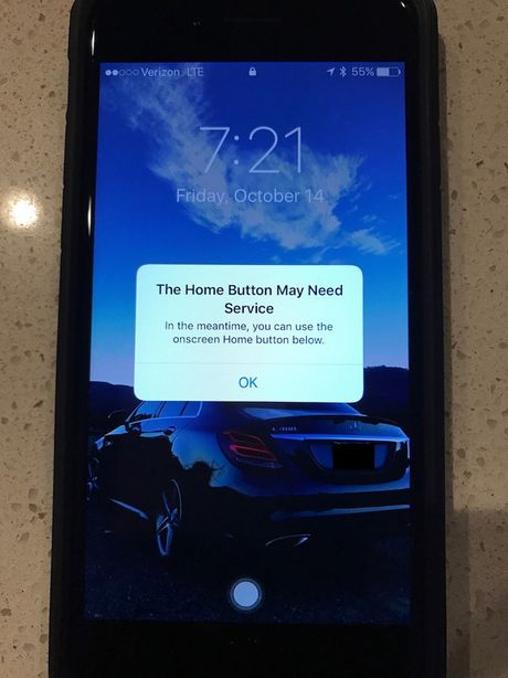 iPhone 7 bat ngo gap su co bi liet phim Home - Anh 2