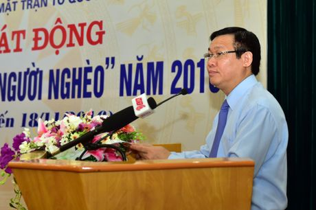 Ngay dau phat dong, da co hon 348 ty dong ung ho nguoi ngheo - Anh 3