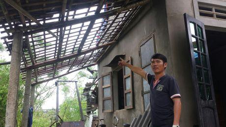 Mua lu, loc xoay hoanh hanh o Quang Tri, Thua Thien Hue - Anh 1