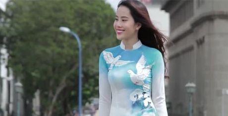 Dai dien Viet Nam dien 'hang nhai' tai Hoa hau Trai dat 2016? - Anh 1