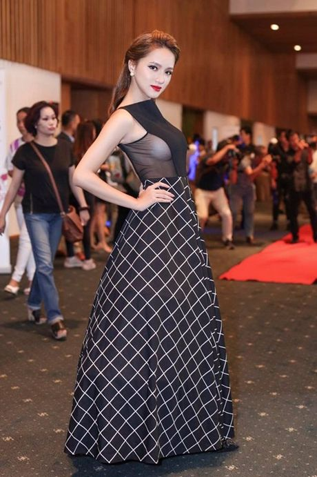 'Phu thuy make up' dung sau nhung lan toa sang cua Huong Giang Idol - Anh 5