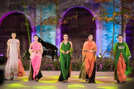 Festival Ao dai Ha Noi 2016: Nguoi thoi hon cho lua - Anh 6
