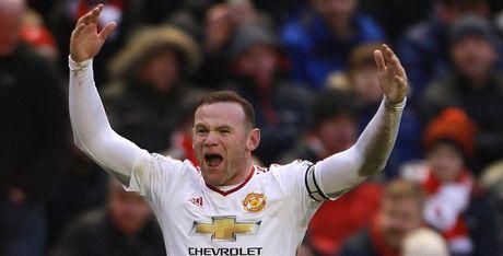 Bi 'nem da', bi 'tram' nhung Rooney sap lap ky luc an tuong - Anh 1