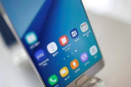 EgyptAir cam dien thoai Samsung Galaxy Note 7 tren cac chuyen bay - Anh 1