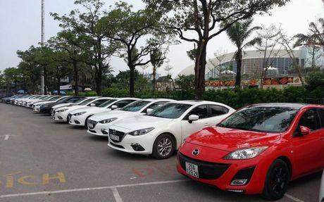 Choang ngop dan Mazda 3 hoi ngo tai Ha Noi - Anh 11