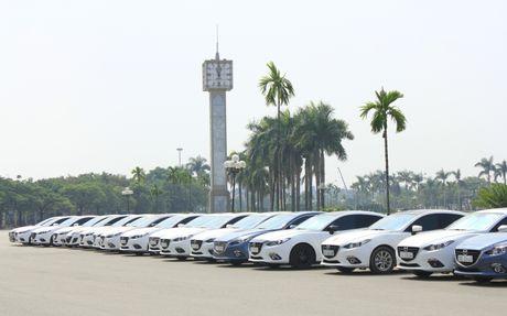 Choang ngop dan Mazda 3 hoi ngo tai Ha Noi - Anh 4