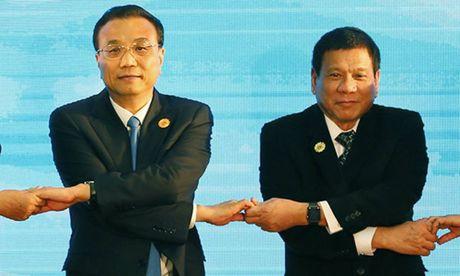 Tham Trung Quoc, ong Duterte co the thay doi cuc dien Bien Dong - Anh 1