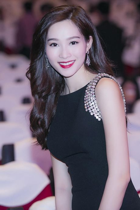 Nhung my nhan Viet cang trang diem nhe cang xinh - Anh 8