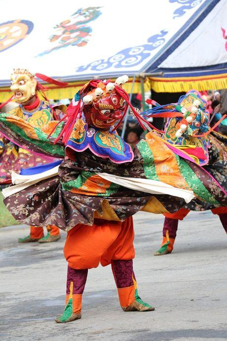 Bhutan - le hoi mua thu nhin khong chan mat - Anh 14