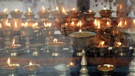 Bhutan - le hoi mua thu nhin khong chan mat - Anh 2