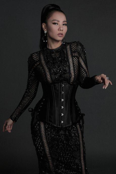 Thu Minh lam 'nang tho' cung Do My Linh, Angela Phuong Trinh - Anh 2