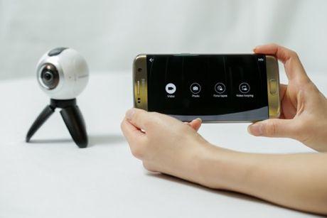 Don dau trao luu chup anh, quay video 360 do voi Samsung Gear 360 - Anh 3