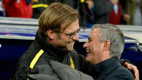 'Derby' Liverpool - MU qua cai nhin cua  Adrian Clarke - Anh 2