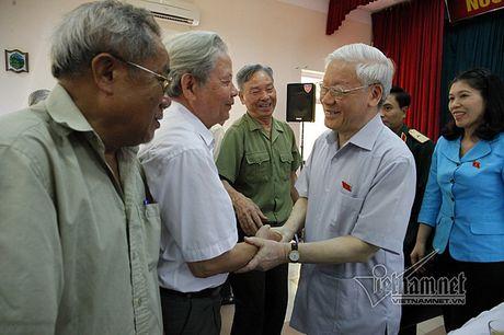 Tong bi thu: Chong tham nhung kho vi ta tu danh ta - Anh 2
