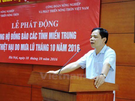 Nganh nong nghiep phat dong va ung ho 400 trieu dong cho mien Trung - Anh 2