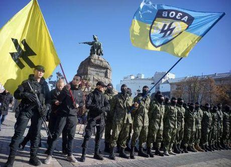 Ukraine na phao mien Dong, do loi giet nguoi cho Nga - Anh 1