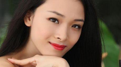 Hoa hau Phuong Nga: Dai gia to nguoi dan ong la - Anh 1