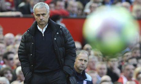 Voi Man Utd, Jose Mourinho co man khoi dau sieu TE - Anh 1