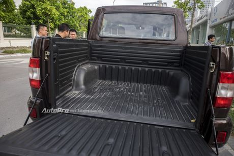 Can canh xe ban tai Uaz Pickup gia khoang 500 trieu Dong moi ve Viet Nam - Anh 11