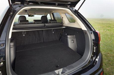Mitsubishi Outlander phien ban dac biet gia 900 trieu - Anh 10