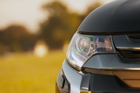 Mitsubishi Outlander phien ban dac biet gia 900 trieu - Anh 4