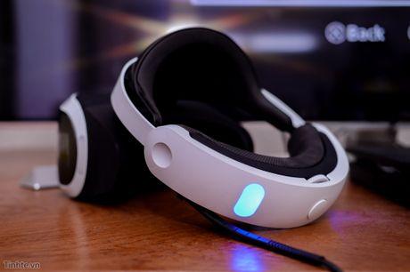 Trai nghiem thiet bi choi game thuc te ao Playstation VR: phan cung tot, chat luong hinh anh kha,... - Anh 3