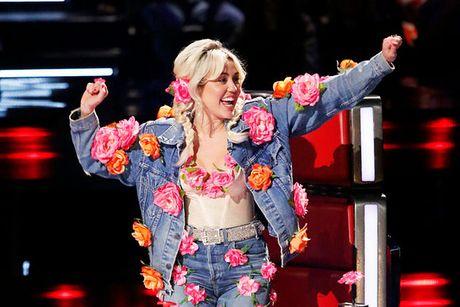 "Co nang noi loan Miley Cyrus: ""Toi khoc nhieu lan o The Voice"" - Anh 3"