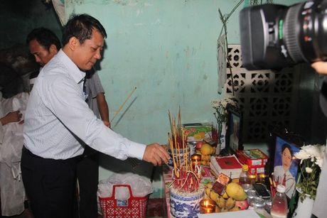VBSP den voi ba con vung ron lu Quang Binh sau con hoan nan - Anh 3