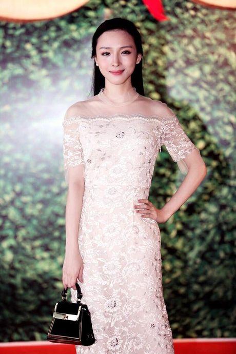 Ngan ngo voi ve dep mong manh cua Truong Ho Phuong Nga - Anh 6
