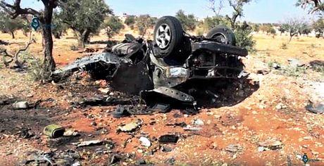 Syria: No bom tai can cu phien quan o Idlib, mot chi huy thiet mang - Anh 1