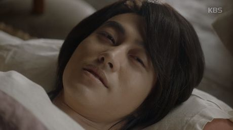 "Park Bo Gum bi ha doc, ""May hoa anh trang"" nguy co ket thuc bi tham - Anh 11"