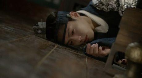 "Park Bo Gum bi ha doc, ""May hoa anh trang"" nguy co ket thuc bi tham - Anh 3"