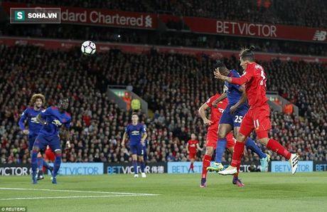 Bop nghet derby nuoc Anh, Mourinho bop chet luon Man United - Anh 3
