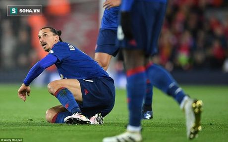 Bop nghet derby nuoc Anh, Mourinho bop chet luon Man United - Anh 4