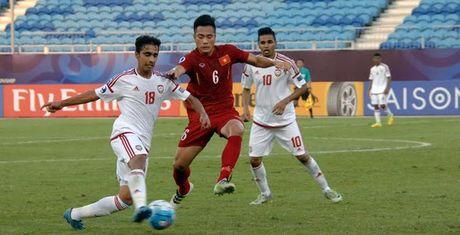U19 Viet Nam bi 'nem da' vi loi da tho bao - Anh 1