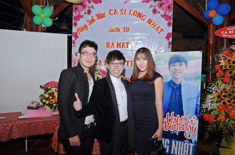 Long Nhat om chat A hau Trinh Kim Chi don tuoi moi - Anh 3