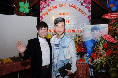 Long Nhat om chat A hau Trinh Kim Chi don tuoi moi - Anh 6