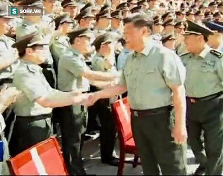 Nikkei: Tap Can Binh 'bau viu' quan doi truoc suc ep chinh tri - Anh 2