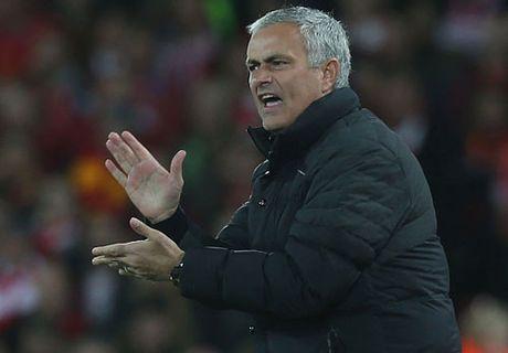 Mourinho xac lap ky luc te hai cung M.U - Anh 1