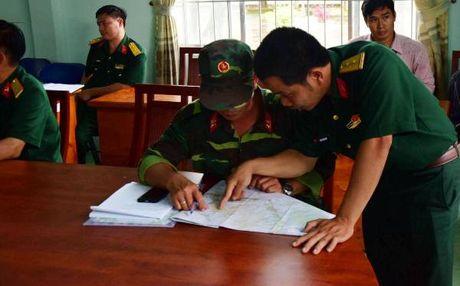 Truc thang gap nan nghi bi roi quanh chua Phat Quang - Anh 3