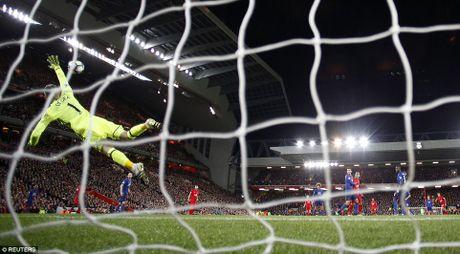 Huyen thoai Manchester United khong tiec loi khen ngoi thu thanh David de Gea - Anh 4