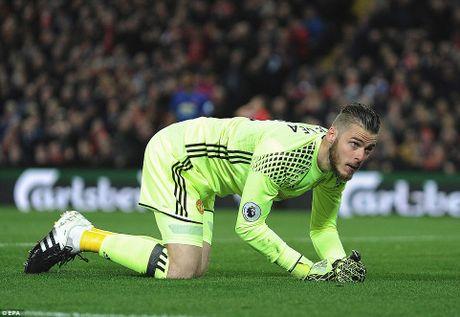 Huyen thoai Manchester United khong tiec loi khen ngoi thu thanh David de Gea - Anh 6