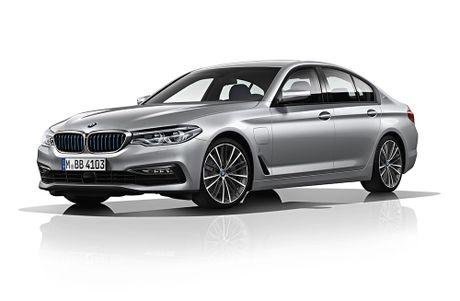 Diem mat 11 phien ban BMW 5 Series 2017 the he moi - Anh 13