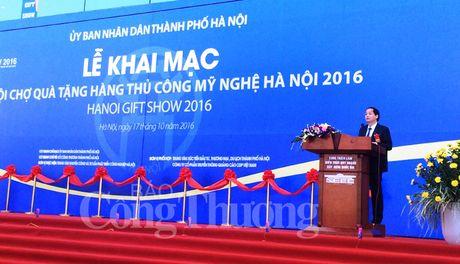 Khai mac Hoi cho qua tang hang thu cong my nghe Ha Noi 2016 - Anh 3