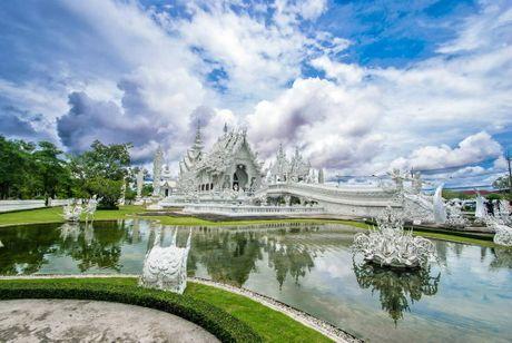 Kham pha Wat Rong Khun ky quan Phat giao trang cua Thai Lan - Anh 5