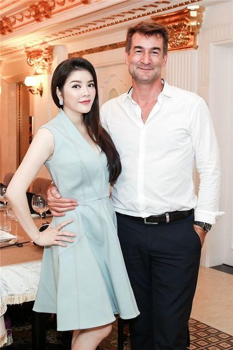Nguong mo tinh ban giua Ly Nha Ky cung dan sao 'khung' quoc te - Anh 8